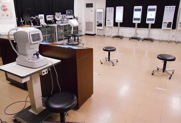 視能訓練士科実習室